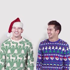 Every Clique needs a Christmas Ty and Jish on their TØP board