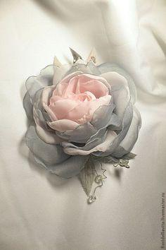 """Купить ЦВЕТЫ ИЗ ТКАНИ. Шифоновая роза """"Мышка"""" - серый, цветы из ткани, роза из ткани"""