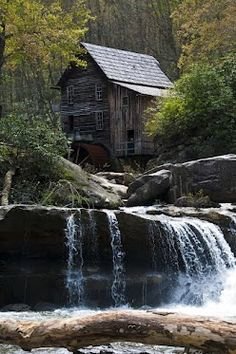 The Old Grist Mill Old Grist Mill, Water Mill, Water Spray, Old Barns, Le Moulin, Covered Bridges, Farm Life, Nice View, Countryside