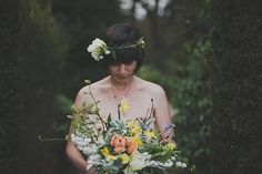 Spring flower floral bouquet by Pyrus Flowers | Photography by http://www.annaurban.com/