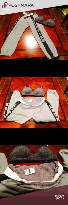 Bralette & Crop Sweats Used crop Sweats size Small, Bralette size Medium PINK Victoria's Secret Other