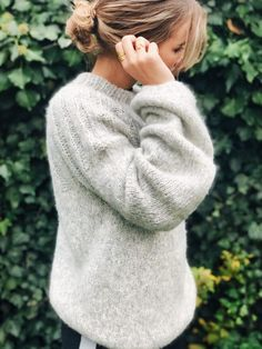 Begynderstrik - når jeg kan, så kan du også - Annes finurlige univers Sweater Knitting Patterns, Cardigans, Sweaters, Men Sweater, Turtle Neck, Sewing, Crochet, Inspiration, Outfits