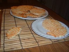 Reteta culinara Saratele la presa din categoria Aperitive. Cum sa faci Saratele la presa Imagines, Dairy, Cheese, Snacks, Breakfast, Desserts, Food, Romanian Recipes, Mudpie