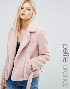 Buy Missguided Petite Exclusive Shearling Biker Jacket at ASOS. With free delivery and return options (Ts&Cs apply), online shopping has never been so easy. Get the latest trends with ASOS now. Riders Jacket, Moto Jacket, Motorcycle Jacket, Peau Lainee, Purple Jacket, Shearling Jacket, Leather Jacket, Biker Style