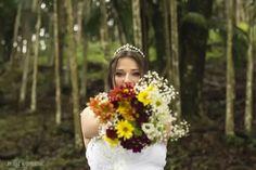 Casamento religioso.  Wedding. Casamento na Igreja.  Amor. Love forever. Fotografia. Fotos. Photos. Photography. Ideias. Noiva. Buque. Flores
