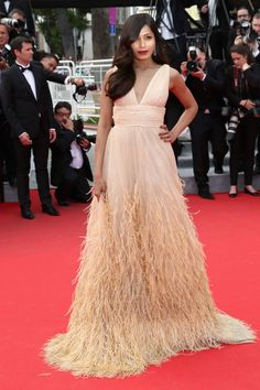 Best Red Carpet Looks at the 2014 Cannes Film Festival - Best Fashion Looks at th 67th Cannes Film Festival - Elle  One of my Fav luks.... Freida U totally rock....