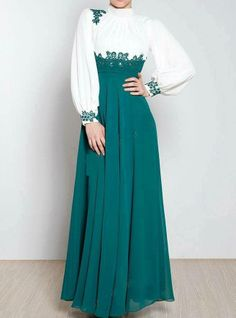 Green & white long sleeves dress