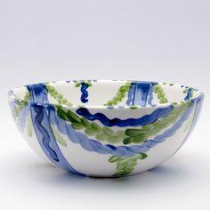 Alle Schüsseln der Familie VertBleu! Die Grün-Blaue Designfamilie von Unikat-Keramik. Das wohl einzigartigste Keramik Geschirr der Welt! Serving Bowls, Decorative Bowls, Tableware, Design, Home Decor, Dishes, World, Blue, Dinnerware