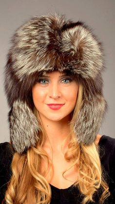 f3444f1f30f Silver fox fur hat - Russian style Stylish hat made from elegant genuine  silver grey fox fur combined with a contrasting black fabric.