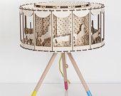 BRICOLAJE regalo Idea circo lámpara para niño sala carrusel mesa lámpara Housware iluminación o decoración infantil carrusel lámpara giratoria con caballos