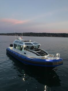 Living The Laptop Lifestyle and how to make good money online .Click the pin link to learn Speed Boats For Sale, Float Life, Ski Nautique, Camper Boat, Rib Boat, Cruiser Boat, Cuddy Cabin Boat, Amphibious Vehicle, Expedition Truck