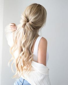 Half Up Half Down Hairstyle Inspo Alex Gaboury – Site Today - Easy Hairstyles Haircuts For Fine Hair, Easy Hairstyles For Long Hair, Down Hairstyles, Hairstyle Ideas, Casual Hairstyles, Wedding Hairstyles, Bob Hairstyle, Cute Quick Hairstyles, Fall Hairstyles