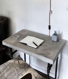 minimalist desk diy concrete and wooden frames on pinterest. Black Bedroom Furniture Sets. Home Design Ideas