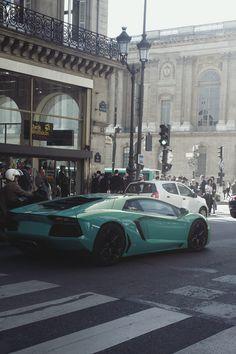 Lamborghini Tiffany-Blue