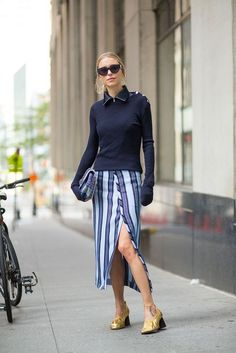 Spring Street Style Fashion Inspiration - Spring Style Inspiration via Street Style Fashion Week Nyc, New York Fashion Week Street Style, Nyfw Street Style, Fashion Blogger Style, Spring Street Style, Street Style Looks, Street Chic, Spring Style, Trendy Dresses