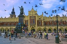 Kış Dönemi Slavrupa 7 Gece , Kuzey Avrupa'nın bu muhteşem şehirleri hiç bu kadar yakın olmamıştı, hem de 299€' dan başlayan fiyatlarla. #Berlin #Prag #Varşova #Krakow #Lviv.www.monopoltur.com