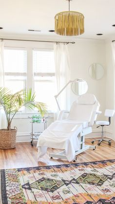 Boho Esthetician Treatment Room Spa Rooms Beauty Room Massage Therapy Rooms Massage Room