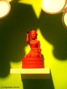 """buddha """"nangkwak"""" accoglienza. Pubblicata su fotogallery Salone del mobile Fuorisalone su VIVIMILANO.it"""