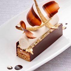 410 mentions J'aime, 6 commentaires – Chineur de Saveurs (@chineur_de_saveurs) sur Instagram : «Panna cotta au chocolat, pain d'épices et crème glacée à la banane by @joannictatin #Nachtisch…»