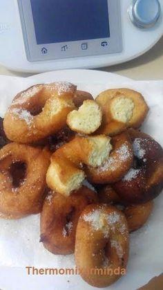 Ingredientes: (para 40 unidades) - 200 gr. de azúcar - la piel de 1 limón, solo la parte amarilla - 3 huevos - 100 gr. de gir...