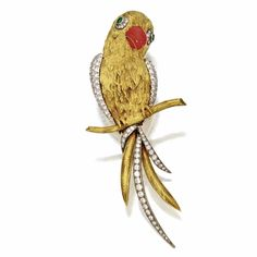 18 KARAT GOLD, DIAMOND, EMERALD AND ENAMEL PARROT BROOCH