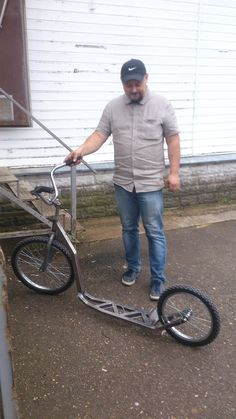 Tricycle Bike, Scooter Bike, Kick Scooter, Diy Welding, Welding Projects, Lowrider Bicycle, Steampunk Furniture, Car Furniture, 1957 Chevy Bel Air