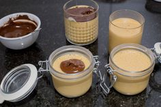 manjarate-casero-6 Chilean Desserts, Chilean Recipes, Mousse, Chocolate Covered, Panna Cotta, Deserts, Food And Drink, Pudding, Homemade