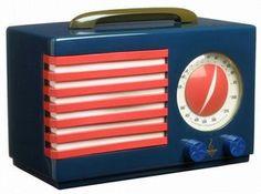 http://www.vam.ac.uk Patriot midget radio, Norman Bel Geddes, about 1940. Museum no, W.31-1992