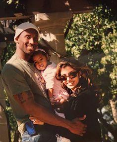 Natalia Bryant, Vanessa Bryant, Kobe Bryant Family, Kobe Bryant Nba, Kobe Bryant Daughters, Kobe Mamba, Kobe Bryant Pictures, Kobe Bryant Black Mamba, Shooting Guard