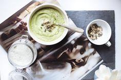 Quick and Easy Cauliflower Soup (vegan)