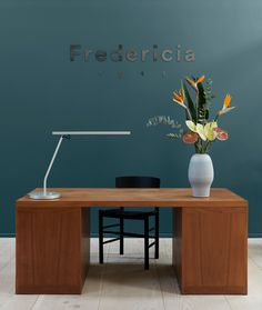 Entering the world of Fredericia a vintage Børge Mogensen desk is the first piece you will meet.