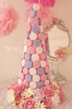 061//マカロンカラー:ピンク×パープル×淡いピンク、40cmマカロンタワー♪ガーランド:バラをメインにデイジーをポイントで入れて可愛らしく