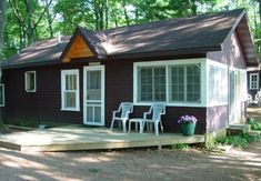 Timber Bay Resort: Cabin 3 Willowwood
