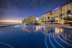 Infinity Pool at HARD ROCK HOTEL CANCUN ALL INCLUSIVE, Mexico. #Mexico