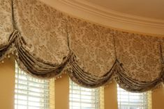 Our portfolio showcases some of our custom drapery projects. Here you will be able to see some examples of our custom drapery design work.