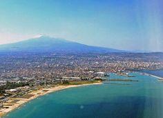 Sicilia, un viaje más que literario    http://www.culturamas.es/ocio/2012/03/27/sicilia-viaje-mas-que-literario/
