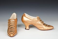 OMG that dress!- evening shoes 1915-18 The Goldstein Museum of Design.