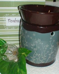 i love this scentsy warmer wish i could find it