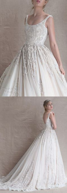 Dress indian wedding gowns beautiful ideas for 2019 Fit And Flair, Trendy Wedding, Dream Wedding, Wedding White, Indian Wedding Gowns, Indian Gowns, Indian Bridal, Gown Wedding, Wedding Rings