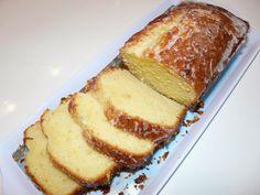Recettes d'une mère de famille nombreuse: Cake ultra moelleux à l'orange ou au citron