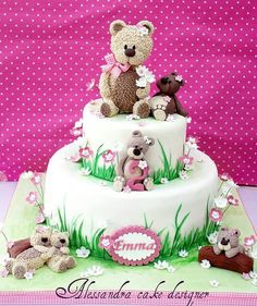 Teddy bear cake by Alessandra Cake Studio
