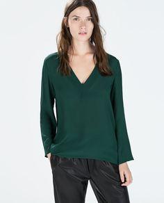 Imagem 1 de BLUSA DECOTE EM V ASSIMÉTRICA da Zara