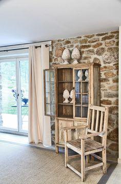 Vitrinas, aparadores y alacenas: muebles emblemáticos de comedor: Vitrinas, protagonista el cristal, función exhibir