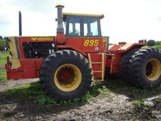 Versatile 895