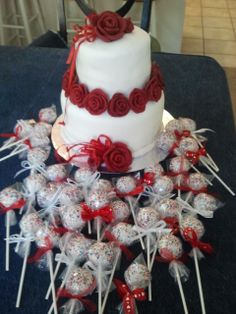 Cake with cake pop favors