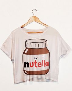 Lei SAGLY 2018 Nutella Print Wit Crop Tops Zomer Korte T shirts Harajuku Fitness Vrouwen Mode Kawaii T shirt in Lei-SAGLY 2018 Nutella Print Wit Crop Tops Zomer Korte T shirts Harajuku Fitness Vrouwen Mode Kawaii T-shirt van T- shirts op AliExp Grunge Look, 90s Grunge, Crop Top Styles, Fresh Tops, Cropped Tops, Le Happy, Aria Montgomery, Harajuku, Crop Tops Chicas