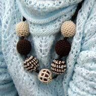 Brown Crochet beads of different design...free patterns!
