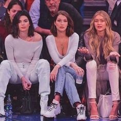 Kendall Jenner Outfits, Kendall Jenner Mode, Kendall Jenner Workout, Kendall Jenner Makeup, Le Style Du Jenner, Kendalll Jenner, Jenner Hair, Kardashian Jenner, Estilo Gigi Hadid