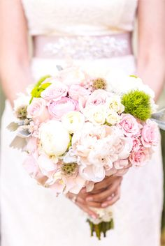 Anne Lee Photography.  Flowers by Kinship Floral