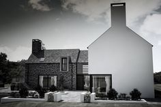 One of Northern Ireland's most exciting architects, Patrick Bradley works closely with clients to design exceptional buildings, anything from small renovations Farmhouse Architecture, Modern Farmhouse Exterior, Residential Architecture, Architecture Details, Farmhouse Plans, Contemporary Barn, Modern Barn, Arch House, Facade House